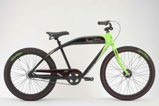 la brigade custombrigade le rendez vous des riders de. Black Bedroom Furniture Sets. Home Design Ideas